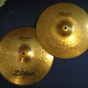 70 euros NEGOCIABLES!!! >>> Zildjian ZBT Plus Medium Hi Hat de 14