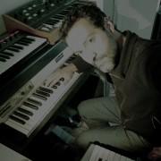 Clases de música, armonía, composición, producción electrónica.