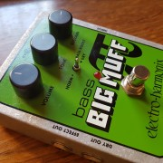 EH Bass Big Muff Pi (ideal para guitarra sonido Gilmour)