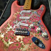 Fender Stratocaster Pink Paisley (Japan)