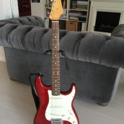 Fender stratocaster classic series 60 apple red con texas special