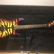 ESP George Lynch Signature Purple Tiger Sunburts - A ESTRENAR