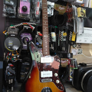 Cambio Fender Jazzmaster Reissue 62 Made in Japan