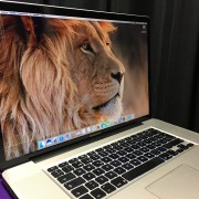 "Macbook Pro 17"" i7 SSD 250Gb + 750Gb interno"