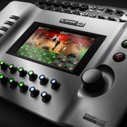 Mesa / Mixer digital (Yamaha) Line6 StageScape M20d por sintetizador