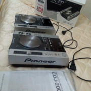 PAREJA REPRODUCTORES PIONEER CDJ-200