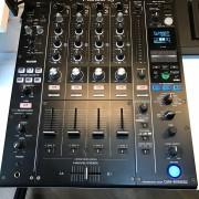 Pioneer djm 900 nexus 2 como nueva.