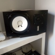 monitores NS10 M YAMAHA + ETAPA STK