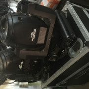 4 Cabeza Movil Showtec Phamton 250 wash + 2 flycase