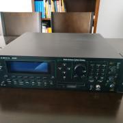 Sintetizador Kurzweil k2500r