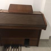 Órgano Siel HB 720