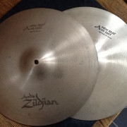"Hi Hat Avedis Zildjian New Beat 14"" ."