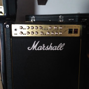 Marshall 30th aniversario 6101 Combo por Gibson SG Standard Cherry