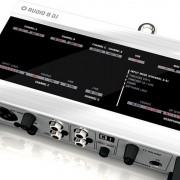 Tarjeta de sonido audio 8 dj + launchpad mini mkll con su funda original