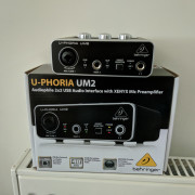 Interfaz USB Behringer U-phoria UM2