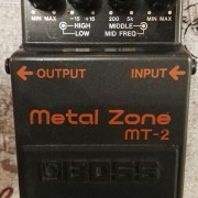 Boss Metal Zone MT-2 distorsión