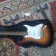 Guitarra eléctrica 07 USA Guitars