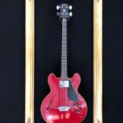 Gibson EB-2C (Cherry) del año 1967 !!!