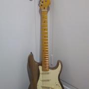 Stratocaster a piezas