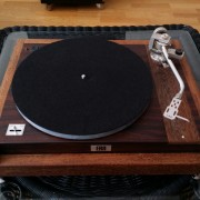 TOCADISCOS / TURNTABLE ERA MK6 with JELCO LAD