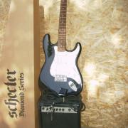 Pac: guitarra,Ampli,afinador y cable
