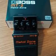 BOSS MT2 (METAL ZONE)