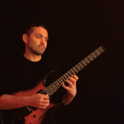 Clases de guitarra y lenguaje moderno