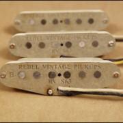 Pastillas strato Rebel vintage 63 o cambio por Chorus