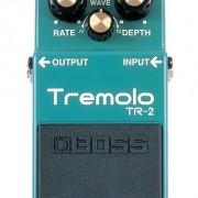 Boss Trémolo TR 2. Pedal efectos guitarra bajo