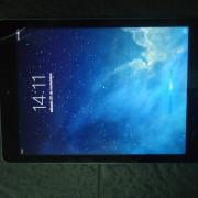 (o vendo) iPad Air 16Gb impecable con funda Apple original piel