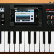 Akai SynthStation 25 para Iphone 4S