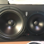 Monitores Mackie HR 824