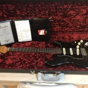 Fender custom limited relic BLK RST DUAL-MAG C/R