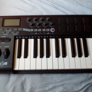 o vendo teclado controlador M-Audio Axiom 25 (75€)