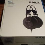 Auriculares AKG K52, sin estrenar con precinto.