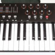 M-AUDIO OXYGEN 61 MK-4