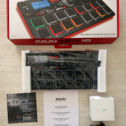 AKAI MPX16 Sampler y controlador