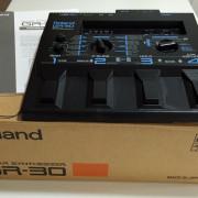 Sintetizador Roland GR-30