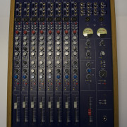 MESA DE MEZCLAS TL AUDIO M1-F Tubetracker 8 Canales