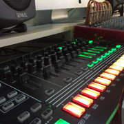 Roland TR8 + 7X7 expansión + Decksaver