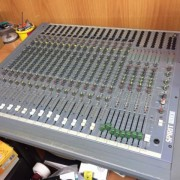 Mesa mezclas Soundcraft Spirit