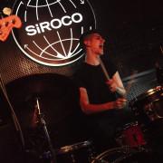 Se ofrece batería (Madrid)
