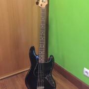 Bajo Fender Reggie Hamilton Jazz Bass