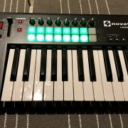 O Cambio Novation Launchkey 25 MKII