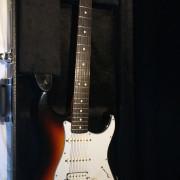 Vendo/Cambio Fender Strat Lonestar HSS Mim