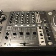 Mixer Pioneer DJM 700K Negro
