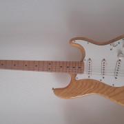 Fender Stratocaster MiM 2005/2006 Fender Noiseless Pickups