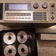 Sampler AKAI S-1000