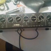 Yamaha E1010 vintage analog delay