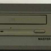 Tascam CD-D4000